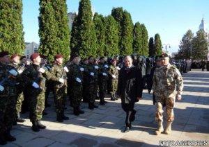 Traian Băsescu, huiduit la ceremoniile dedicate Zilei Armatei