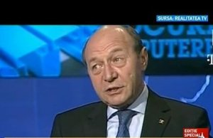 Traian Băsescu somează serviciile secrete: Aflaţi cine mi-a filat-o!