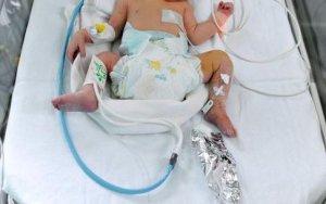Un bebeluş din Galaţi A MURIT la câteva ore după ce a fost externat din spital