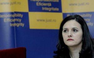 Soţia comisarului Berbeceanu face dezvăluiri despre Alina Bica, din interiorul sistemului