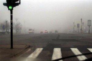Şoferii care circulă pe A1 trebuie să reducă viteza. Este cod galben de ceaţă