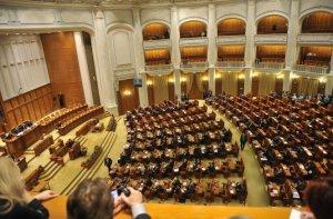 Un nou proiect de lege a graţierii, depus în Parlament