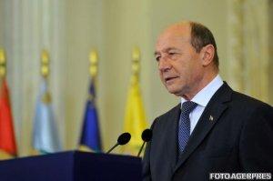 Băsescu: Nu am proiecte politice, o să mă mişc printre amicii din PMP