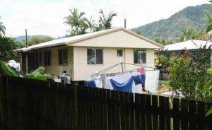 Casa unde au fost găsiţi cei opt copii omorâţi va fi DEMOLATĂ
