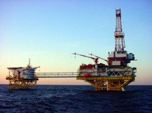 Preţul petrolului va începe să crească în a doua jumătate a lui 2015