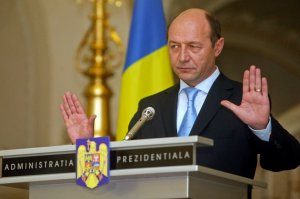 Sinteza zilei: Traian Băsescu i-a făcut plângere lui Victor Ponta pentru că nu i-a oferit vilele solicitate de la Snagov. Vezi cele ŞAPTE IMOBILE