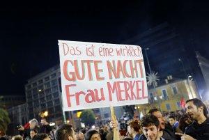 """Ce se întâmplă în aceste momente în Grecia: """"Ţara va rămâne în zona euro"""""""