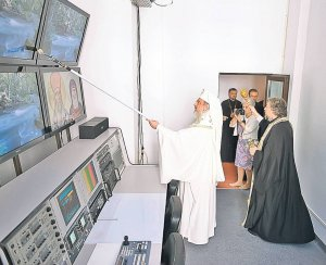 Biserica Ortodoxă vrea promovarea orei de religie pe toate televiziunile. CNA a aprobat azi cererea BOR