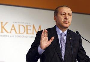 Preşedintele Turciei se teme să nu fie otrăvit. O armată de oameni verifică toate alimentele pe care le consumă