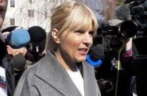 Elena Udrea vrea filmările făcute la confruntările cu denunţătorii săi