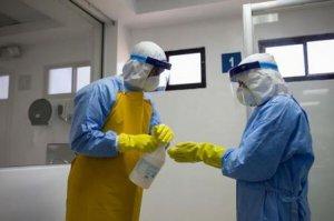 Două vaccinuri anti-Ebola au trecut cu succes primele teste clinice în spitalele din Liberia