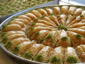 Baklava turceasca – reteta inspirata din serialul turcesc Legea Pamantului, de la Euforia TV