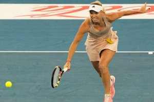 Caroline Wozniacki, ELIMINATĂ din optimile Miami Open