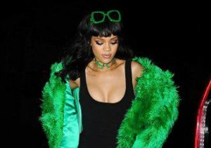 Cât de verde este Rihanna! Dar şi ce sexy