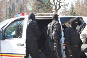 Percheziţii la peste 50 de adrese din Bucureşti, Ilfov, Dâmboviţa şi Ialomiţa