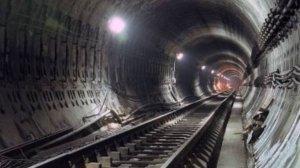 Circulaţia metroului a fost ÎNTRERUPTĂ, din cauza unui scurtcircuit la o şină