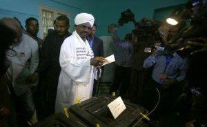 Preşedintele Sudanului, urmărit internaţional, a fost reales în fruntea ţării