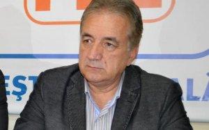 Primarul din Tulcea, REŢINUT după percheziţiile făcute într-un dosar de corupţie