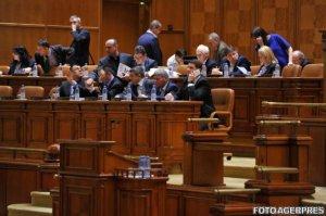 Parlamentarii au cheltuit peste 200.000 de euro pentru deplasările externe în numai trei luni