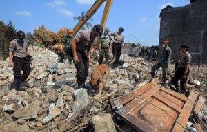 Cauza probabilă a prăbuşirii avionului militar în Indonezia, soldată cu 142 de morţi