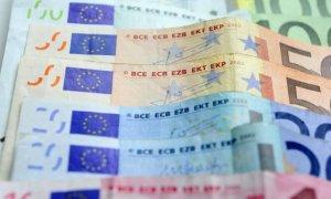 Opt milioane de euro pentru România