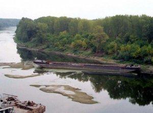 Dunărea, minim critic. Zeci de nave nu mai pot înainta