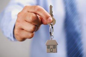 Explozie de cerere pe piaţa imobiliară