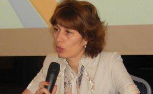 Directoare din Ministerul Sănătăţii arestată pentru 30 de zile. Mihaela Udrea, prinsă în timp ce primea bani şi cosmetice în biroul din minister