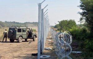 Bulgaria şi Ungaria organizează misiuni de patrulare la graniţa cu Serbia
