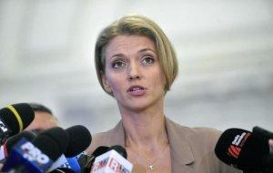 Alina Gorghiu: Parlamentul este singura instituţie nereformată de douăzeci de ani