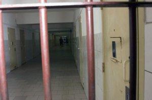 Şeful de la Justiţie recunoaşte: Avem condiții de detenție care seamănă cu lagărele de concentrare