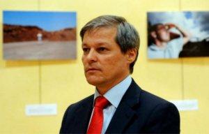 Dacian Cioloş, în vizită la răniţii din Colectiv internaţi la Spitalul de Arşi