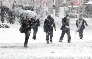 Avertizare meteo: Cod galben de ploi și ninsori, în aproape toată țara