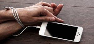 Lucruri pe care producătorii le fac pentru a ne creşte dependenţa de telefoane