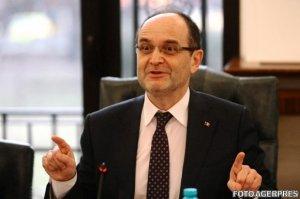 Fostul ministru al Educației, Adrian Curaj, numit Înalt Reprezentant al premierului Cioloș