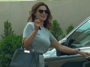 Aparitie fabuloasa a Oanei Cuzino dupa divort! S-a ales cu o gramada de bani de pe urma sotului! Ce masinia si ce geanta are!