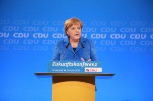 Angela Merkel recunoaste ca a gresit in privinta imigrantilor