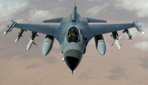 Primele avioane F-16 ajung în România