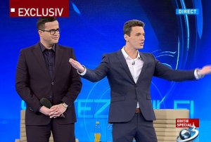 Mircea Badea a întrerupt emisiunea pentru un mesaj important: ''Cel mai important lucru în politică...''
