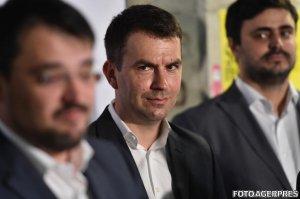 ALEGERI PARLAMENTARE 2016. Un consilier al lui Dacian Cioloş renunţă la funcţie ca să candideze la parlamentare