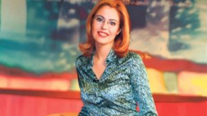 """O mai ştiţi pe Raluca Moianu? Cum arată fosta prezentatoare a emisiunii """"Iartă-mă"""" după 15 ani de la prima ediţie (FOTO)"""