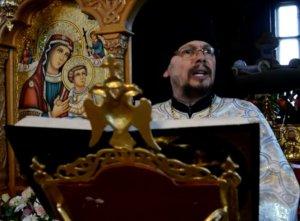 """Călugăr din Sibiu, predică despre jocul """"Balena Albastră"""". Ce le transmite părinţilor ucenicul lui Arsenie Boca - VIDEO"""