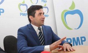 Fostul deputat Adrian Gurzău, condamnat la doi ani şi opt luni cu suspendare în dosarul Carpatica