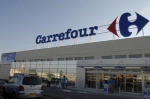 Mişcarea surprinzătoare a lui Carrefour: Îşi face propria cooperativă agricolă în România