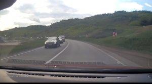 Accident rutier filmat pe DN1! Trei autoturisme s-au ciocnit violent - VIDEO