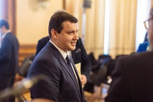 """Preşedintele executiv al PMP Eugen Tomac, atac la deputatul trădător: """"A avut un comportament de maidanez politic"""""""