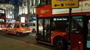 Incendiu Londra. Peste 800 de locuințe vor fi evacuate din motive de siguranță