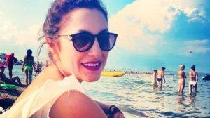 Motivul pentru care Andra nu apare niciodata in costum de baie la plaja!