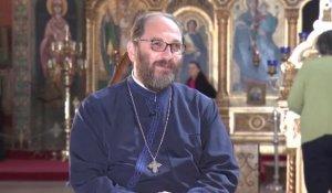 """Părintele Constantin Necula: """"Când lumea confundă biserica cu trotuarul şi cu valorile trotuarului, nu ai cum să taci"""""""