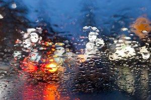 Cod Portocaliu de ploi violente. Ce noi județe sunt vizate. Capitala, sub alertă de vremea rea
